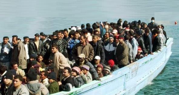 Surtout pas de pétition chez Avaaz, site qui oeuvre à l'envahissement de l'Europe par les migrants !