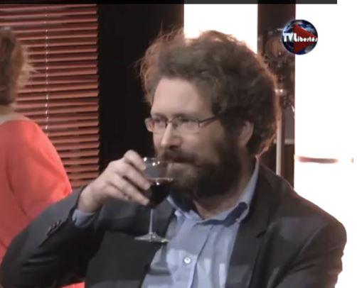 Christine Tasin à Nicolas Gardères : espèce de saucisson, oui, tu es un traître !