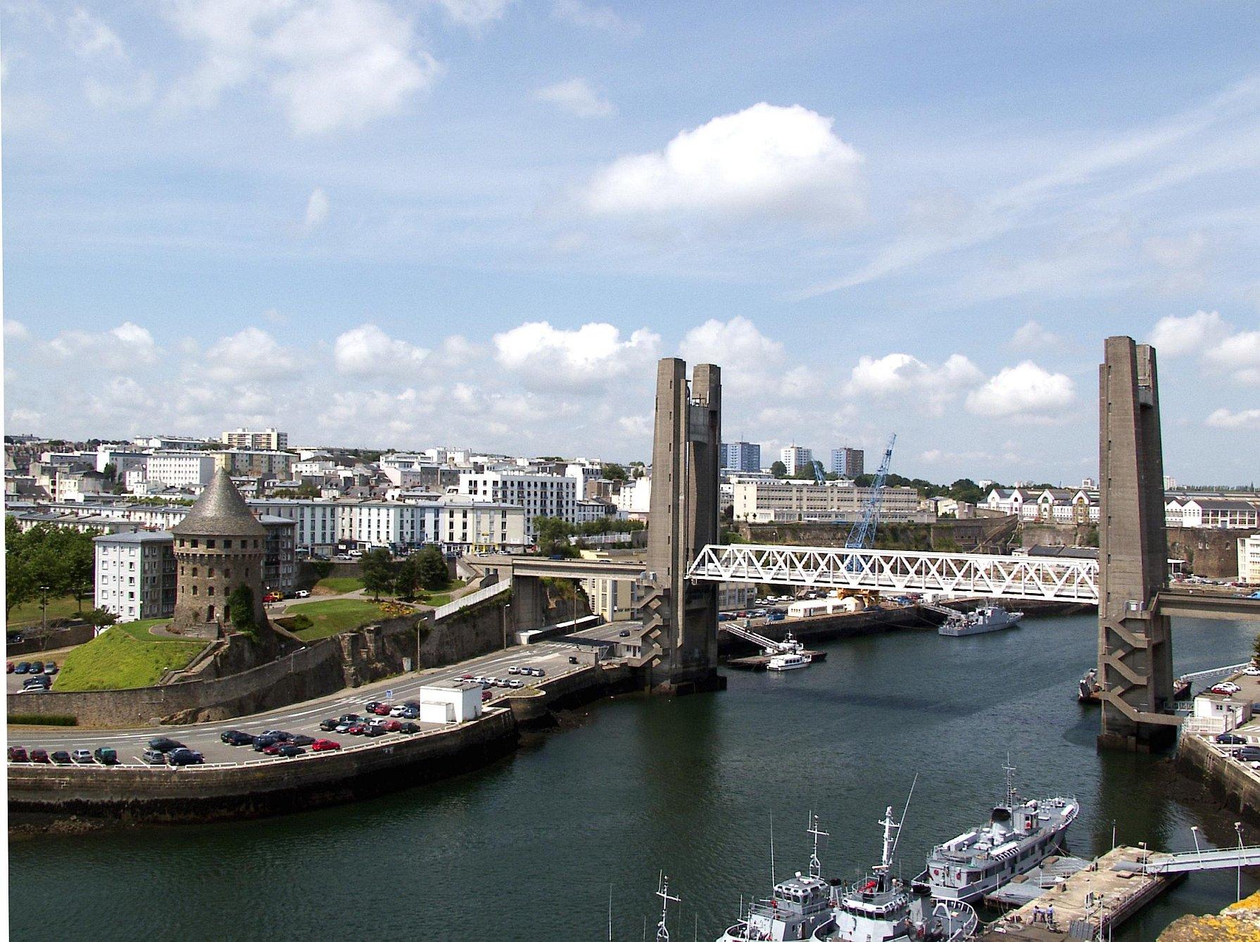 Brest, mon Brest, est devenu un tas de merde…