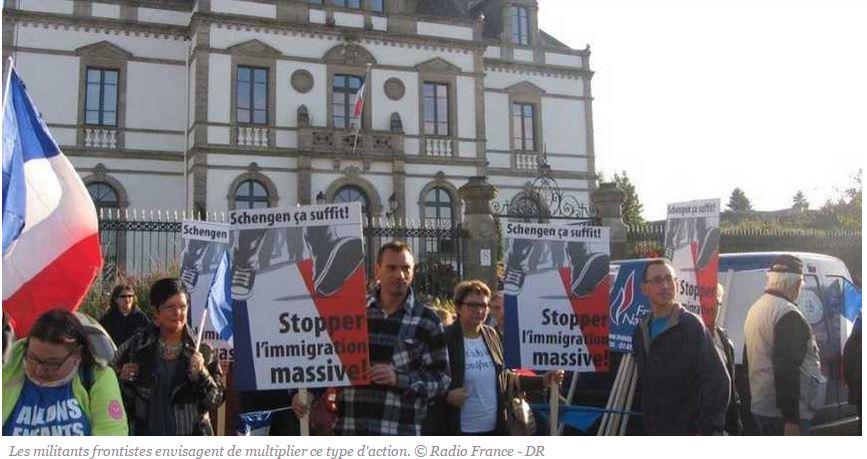 Ploërmel : les Bretons manifestent contre les villes qui accueillent les migrants