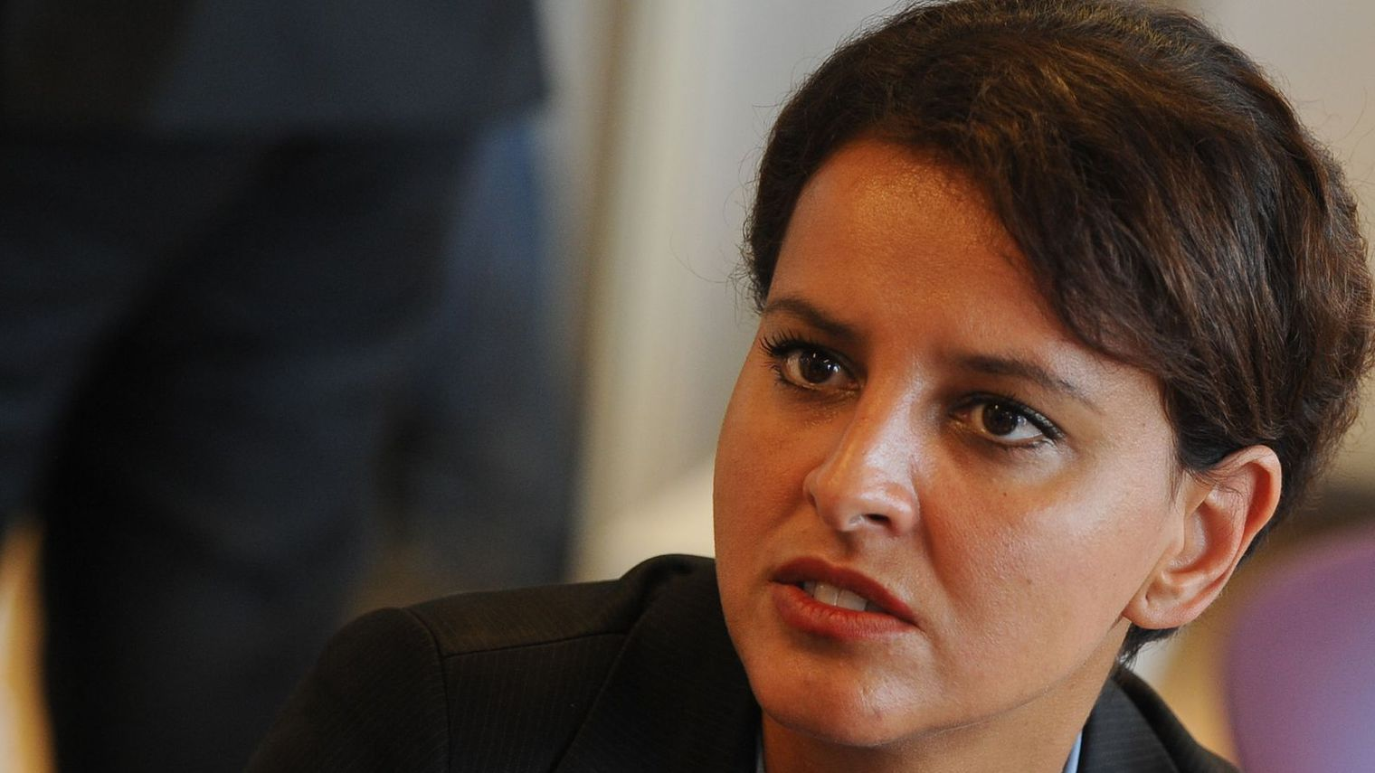 Belkacem n'ose pas condamner les amis de l'Etat Islamique, elle préfère s'attaquer à Marine Le pen