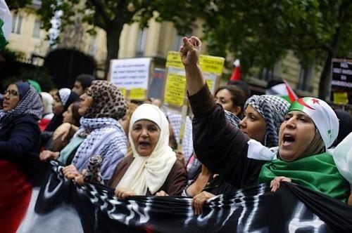 Pierre Cassen : Yasser Troudeballe est fier que Macron ait engueulé les Juifs en Israël