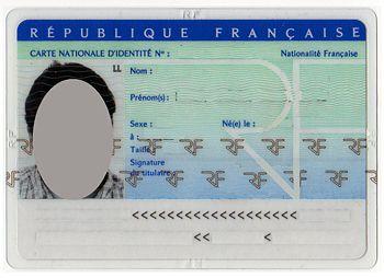Salle de classe, en France : ils ont tous la nationalité française, aucun ne se sent français