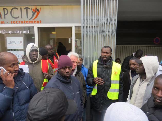 Valls ordonne que les clandestins ayant travaillé sous une autre identité soient régularisés