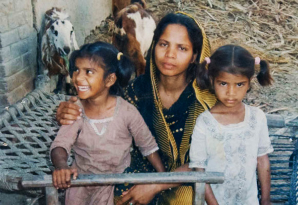 Des chrétiens brûlés vivants dans un four en pays musulman : témoignage du Père Parvez pour le Pakistan
