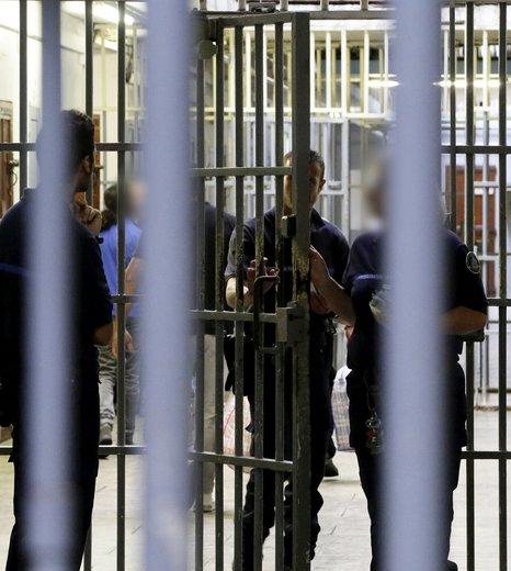 En prison pour ne pas avoir respecté un permis de construire !