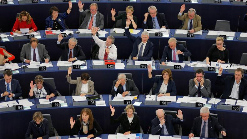 Parlement européen : le RN a-t-il eu raison de s'abstenir sur  «le Pacte vert» ?