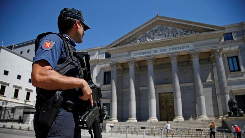 Pour qui et pour quoi les 10000 armes saisies en Espagne, dont des canons anti-aériens ?