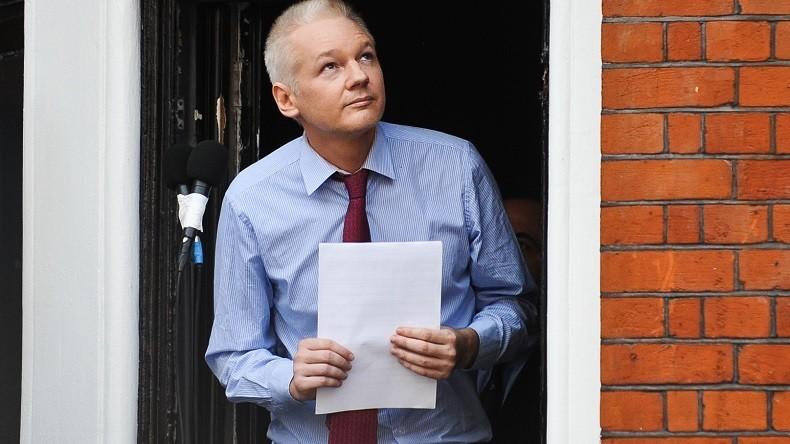 Referendum en Catalogne : double visage de Julian Assange, proche des putschistes de Catalogne !