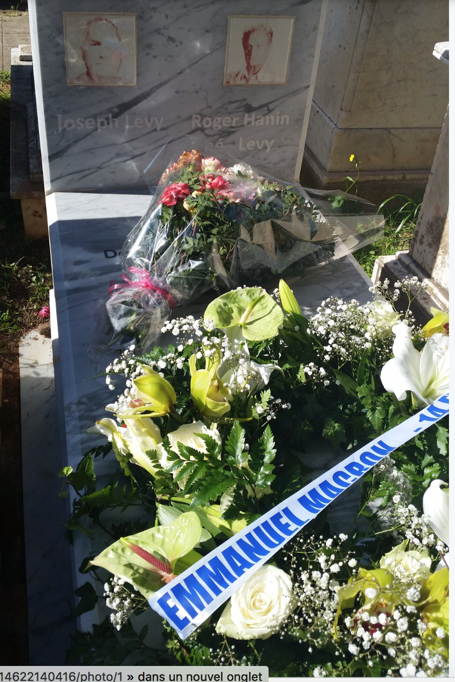 Macron à Alger a sali la tombe de Roger Hanin
