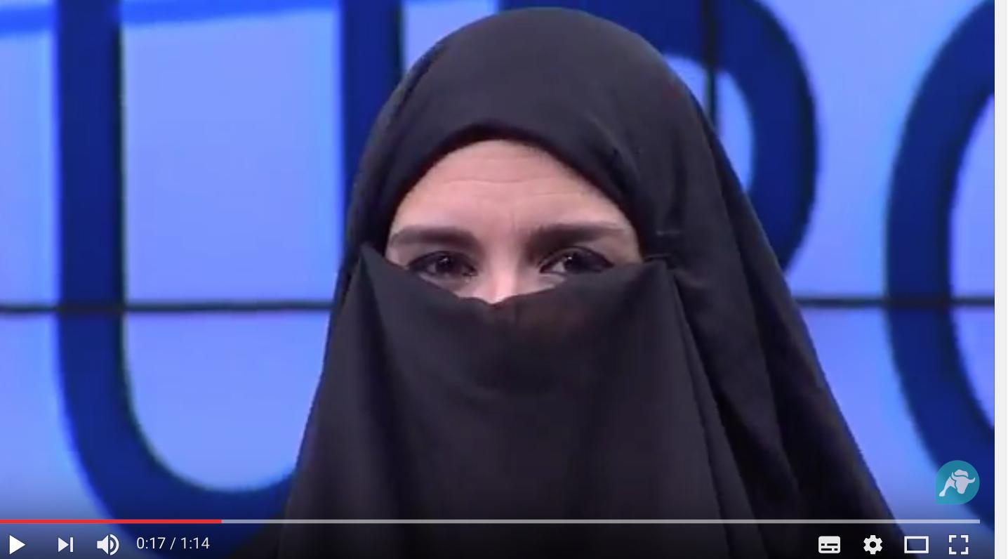 Génial ! La télé espagnole dénonce l'islamisation de l'Europe avec sa présentatrice en niqab !