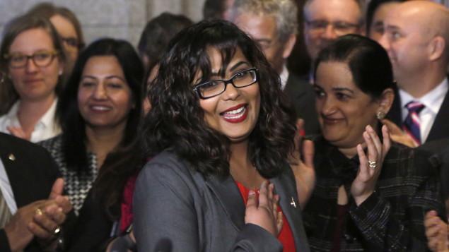 La charia au Canada : motion contre l'islamophobie adoptée comme ce serait le cas  avec Macron-Trudeau
