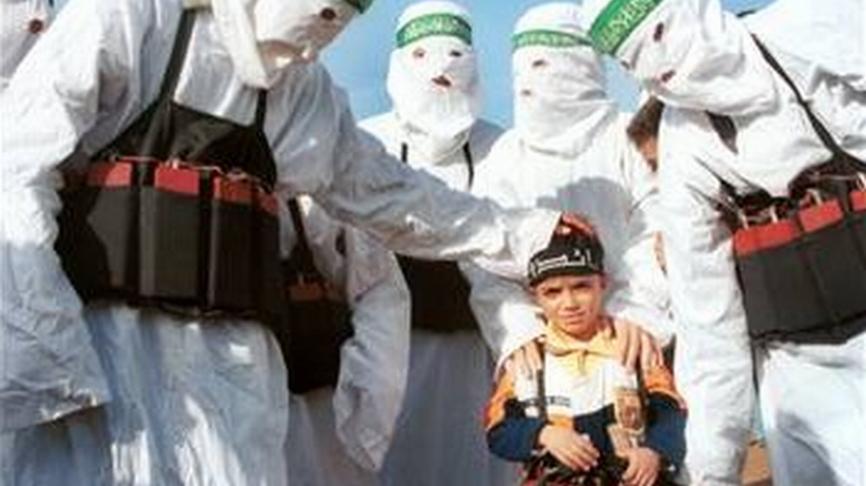 J'ai pleuré devant «Les enfants du califat», comment Macron peut-il accepter le soutien des islamophiles ?