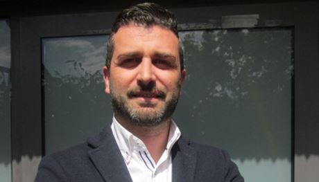 Italie : Un maire qui en a, il impose aux pro-migrants de les loger chez eux !