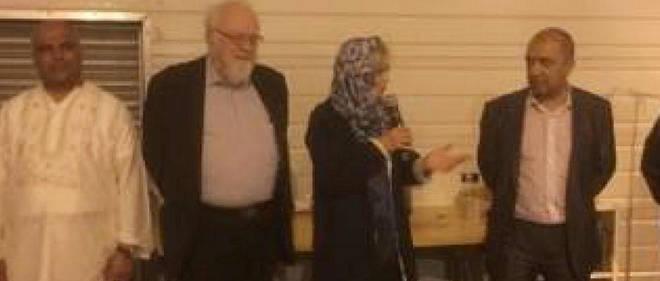 Guigou déguisée en hidjab à la mosquée pour faire campagne, ça vaut son pesant de cacahuètes [MAJ]