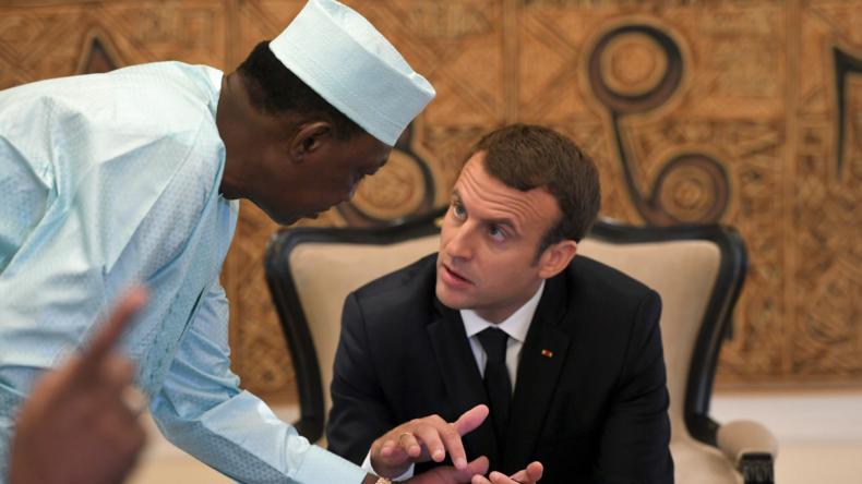 Macron : « Le problème de l'Afrique ? Il y a «encore sept à huit enfants par femme» »