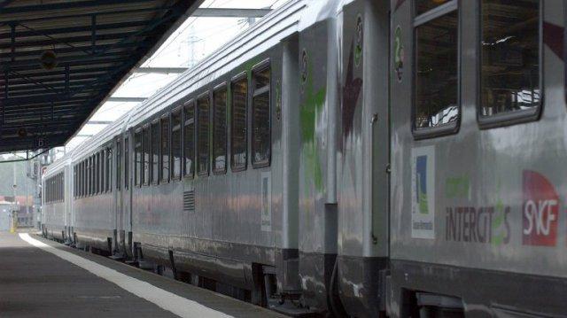 Ivan Rioufol se trompe de combat : il devrait soutenir les grévistes de la SNCF !