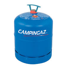 Dormez tranquilles: les bouteilles de gaz sous le porche de l'église ? Un canular, forcément
