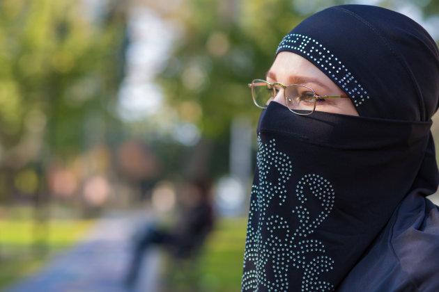 Pour Trudeau, la loi 62 sur la neutralité religieuse serait raciste !