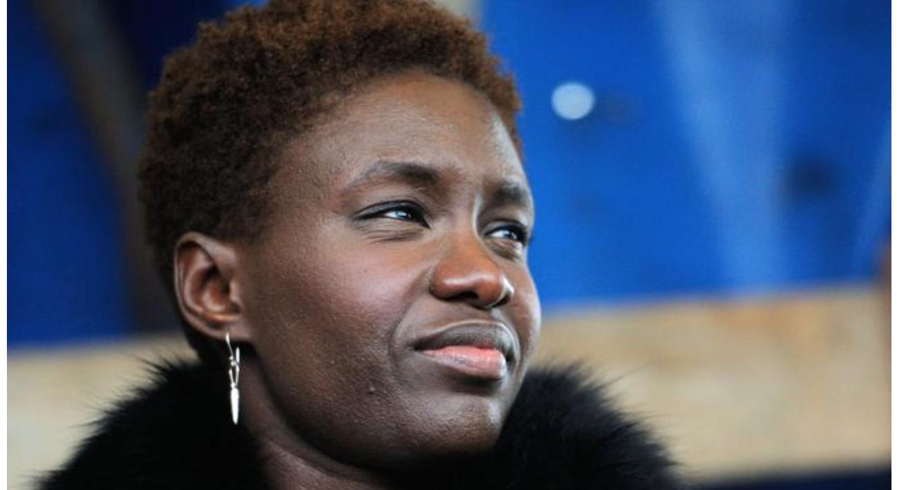 Retro-pédalage de Macron : la raciste pro-voile Rokhaya Diallo chassée de l'Institut du Numérique