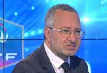Askolovitch en larmes : Mennel Ibtissem, l'islamiste voilée de TF1, quitte The Voice !