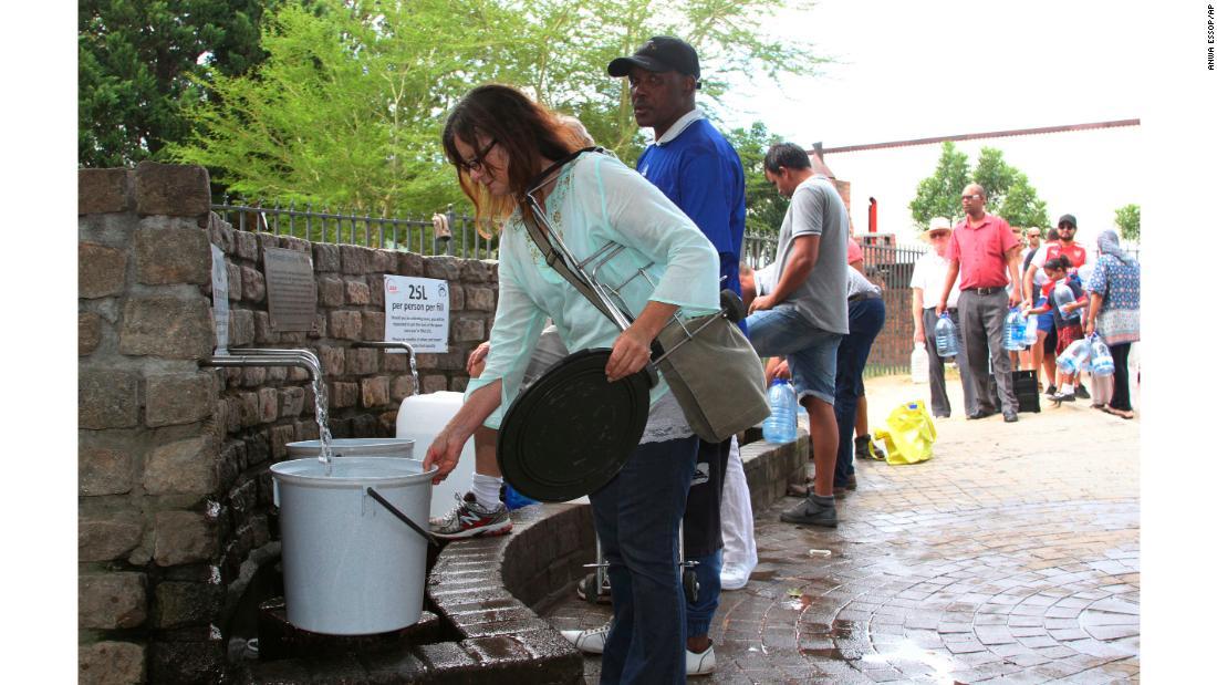 Afrique du Sud : à Cape Town ils crèvent de soif parce qu'ils ont refusé l'aide d'Israël !