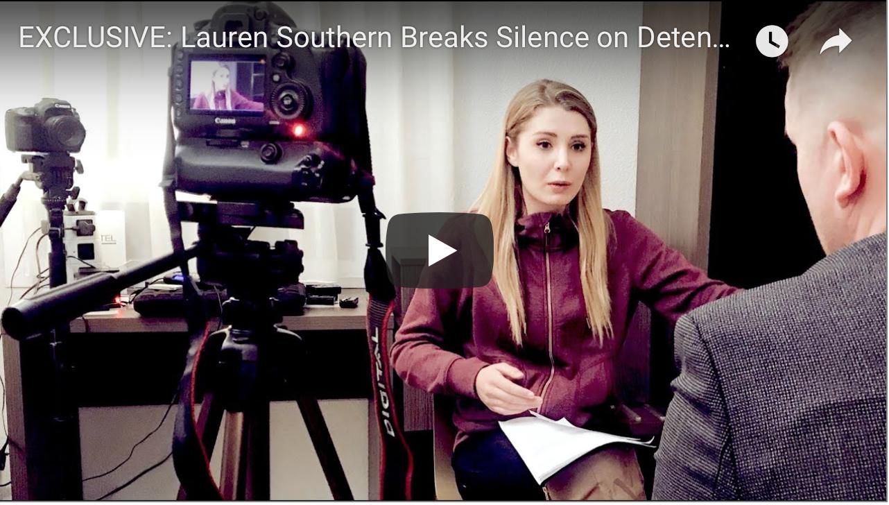 Comment la police française m'a arrêtée et retenue à Calais : révélations d'une journaliste canadienne