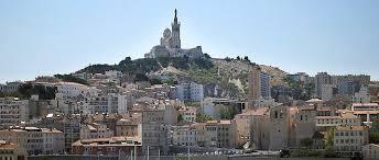 Marseille : Karim défigure Cathy à l'acide