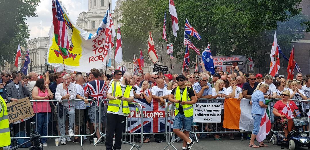 15000 manifestants pour Tommy Robinson le 14 juillet dernier