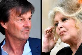 Bardot rive son clou à Hulot qui pleurniche : Macron lui interdirait d'agir
