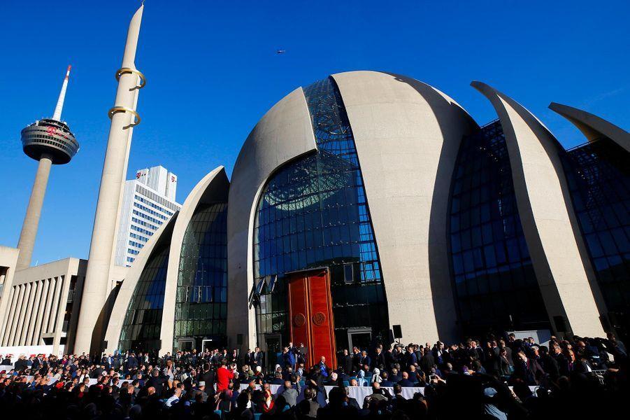 Cologne : et une mosquée géante de plus pour Erdogan !