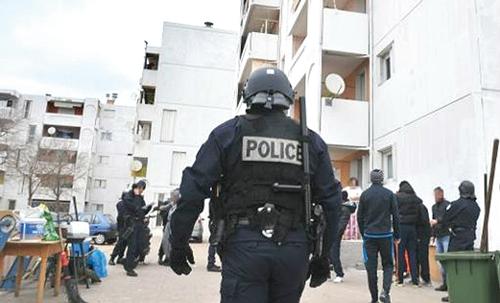 1300 policiers à l'assaut des zones de non-droit