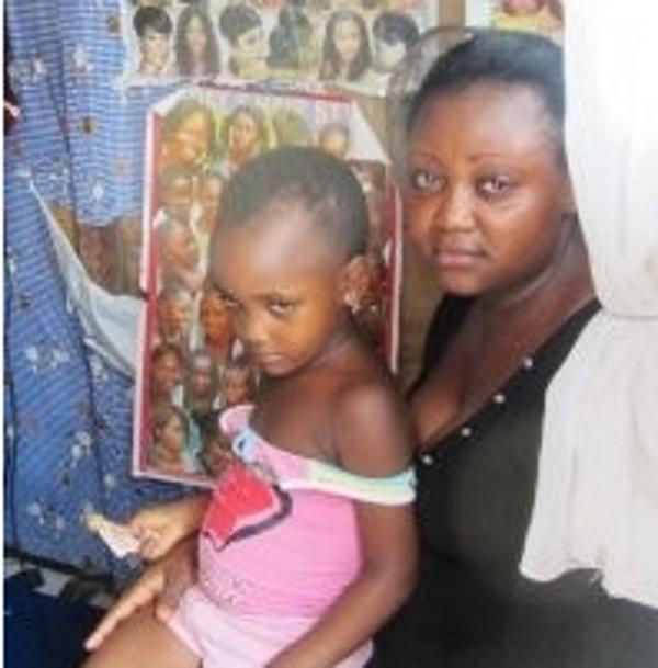 Noirs desseins… Elles brûlent les seins de leurs filles au fer à repasser pour leur éviter le viol