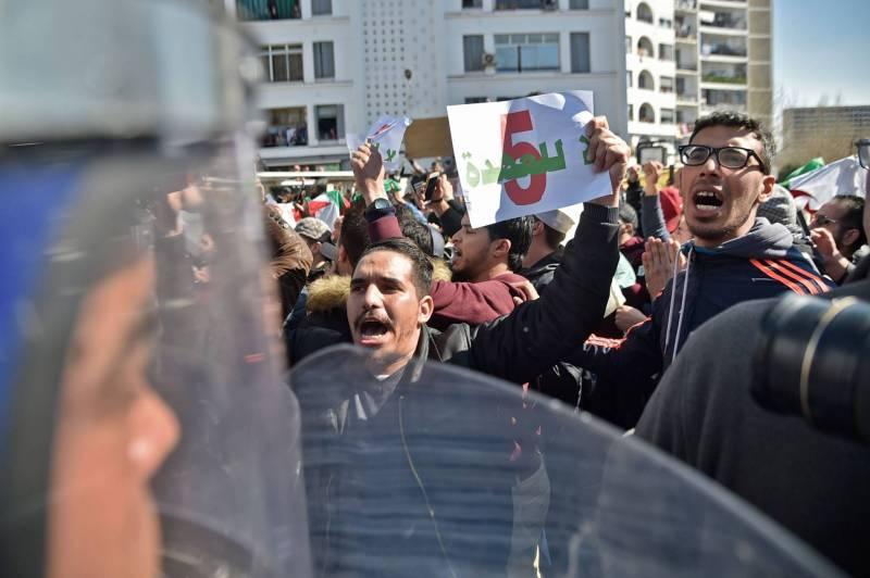 5ème mandat de Bouteflika : bientôt l'implosion de l'Algérie ?