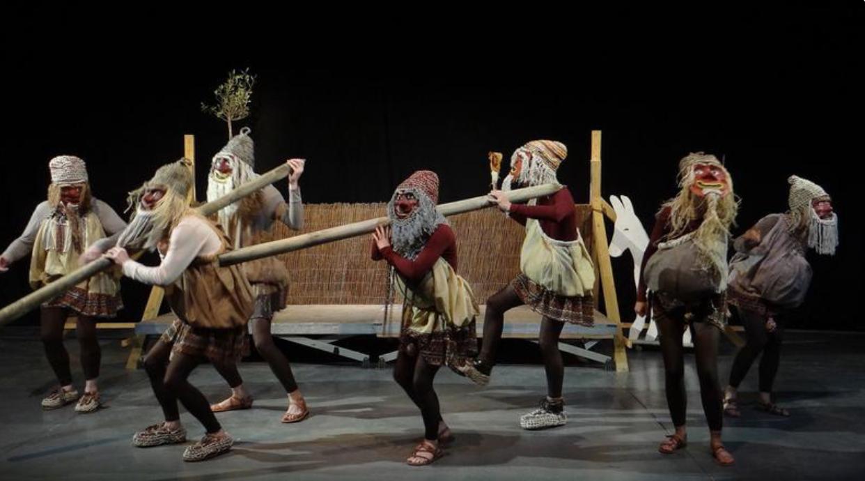 Interdiction d'une pièce d'Eschyle, les acteurs étaient grimés en Noirs ! Abyssale connerie du Cran