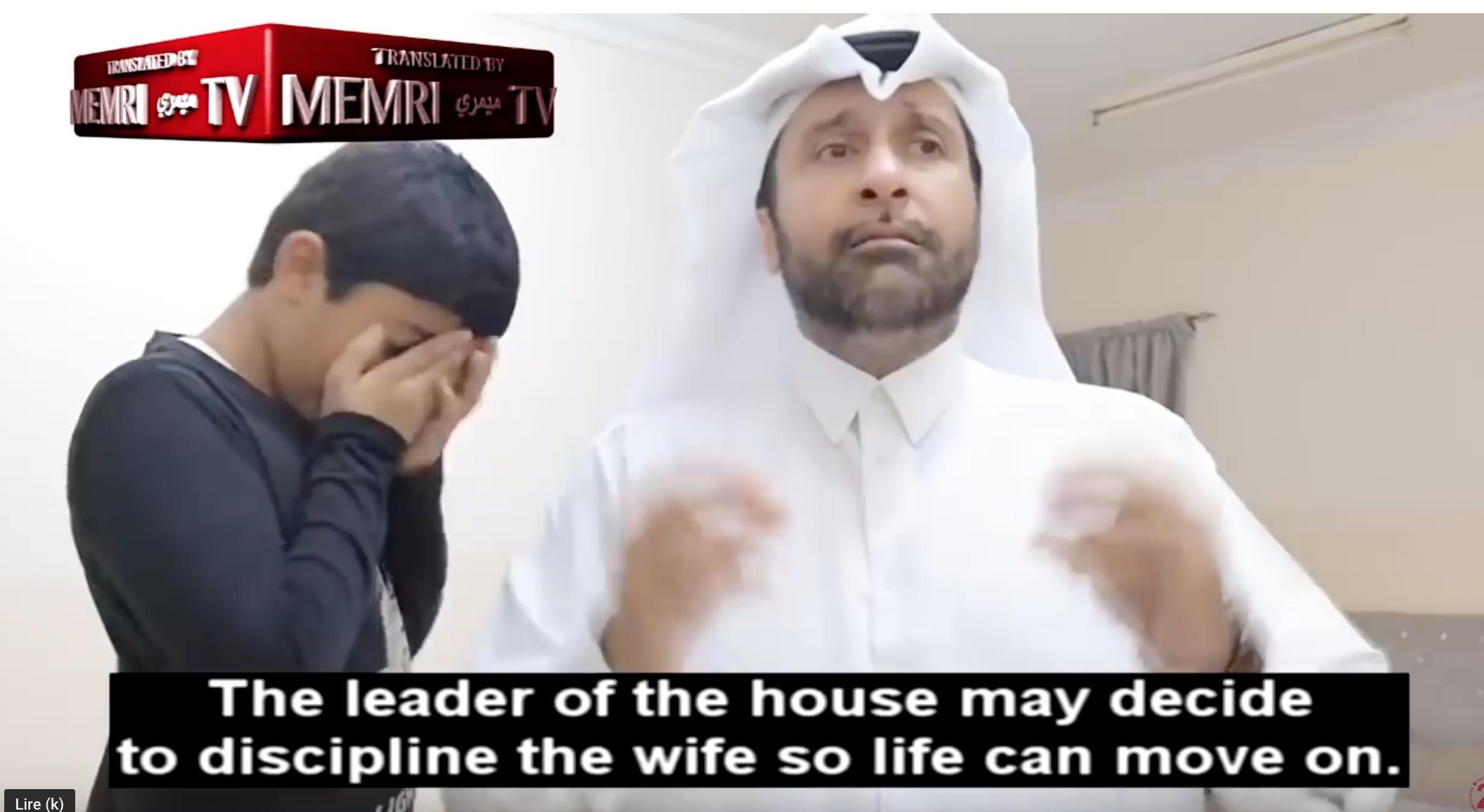 Un sociologue qatari montre comment battre sa femme pour qu'elle prenne conscience de sa féminité
