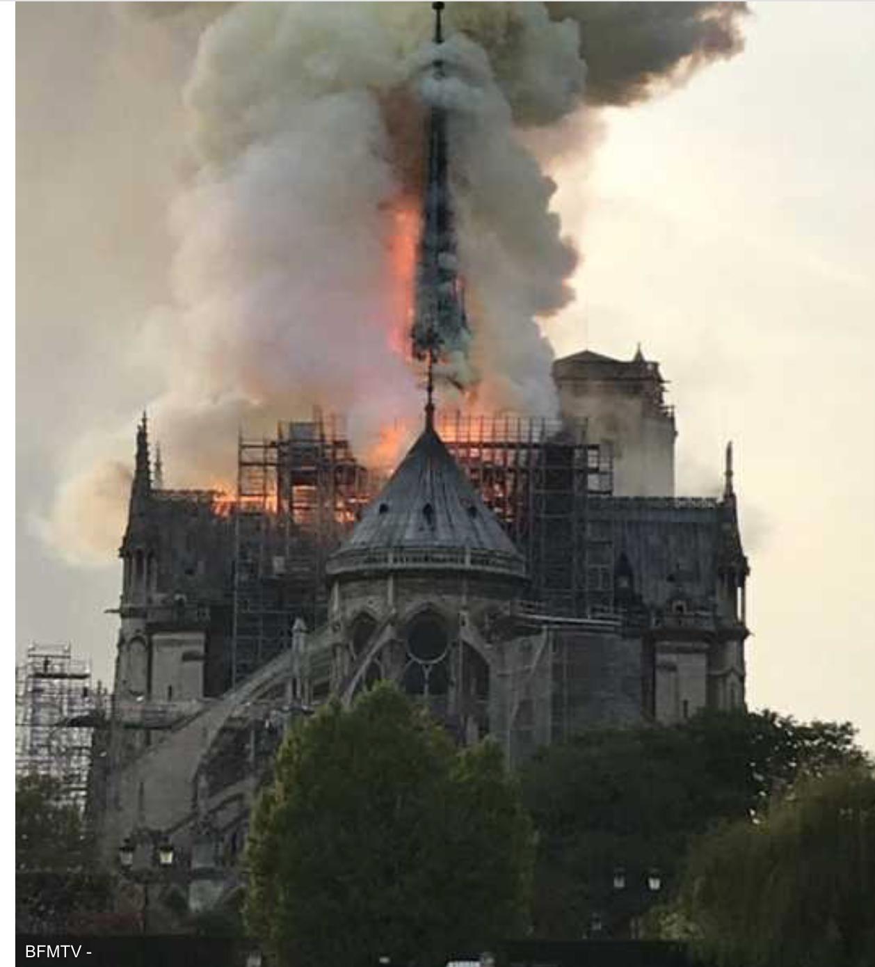 Terrible nouvelle : Notre-Dame de Paris en feu ; un attentat musulman est très possible