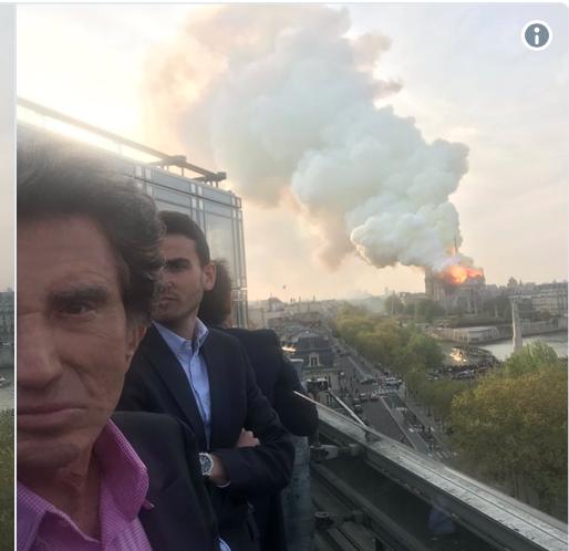 France 2 et Jack Lang-Néron  contemplaient Notre-Dame en feu depuis le toit de l'Institut du Monde arabe