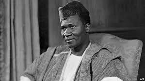 Le despote Sékou Touré, ancêtre politique d' Houria Bouteldja…
