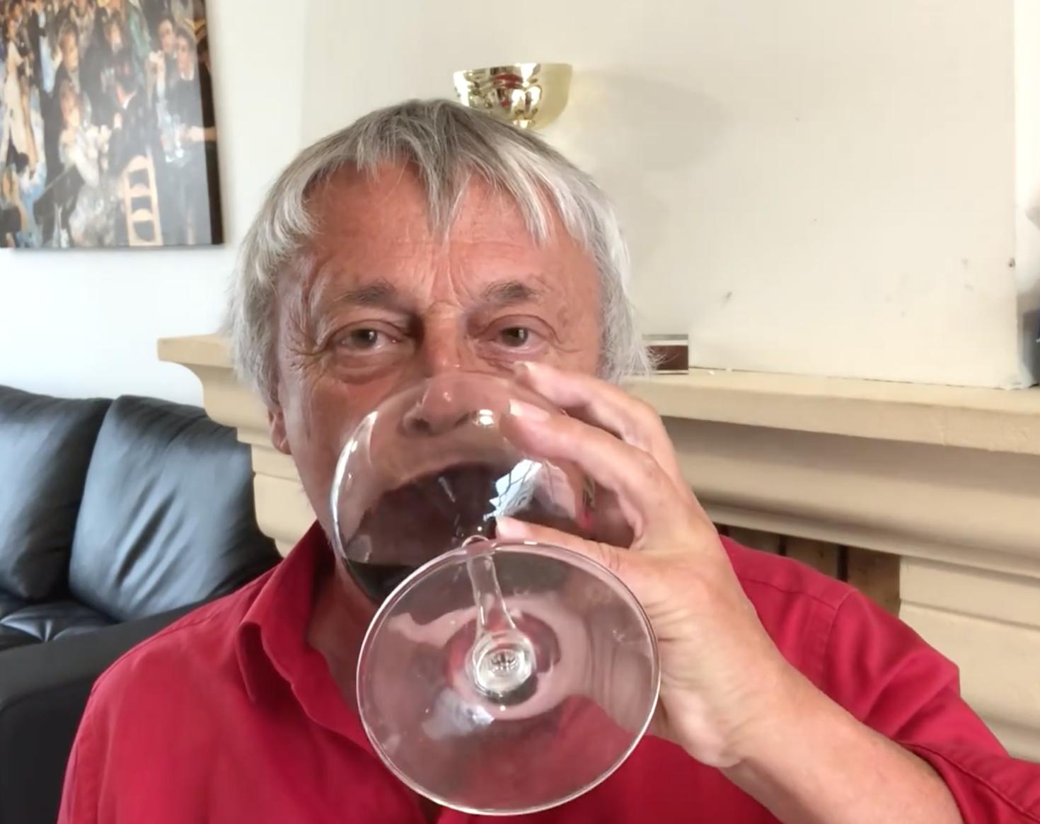 Pierre Cassen : si Macron fait moins de 20%, je sors le champagne (video)