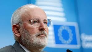 Pour la commission européenne l'islam fait partie de l'Europe depuis 2000 ans ; pour Debbouze c'est 3000 ans