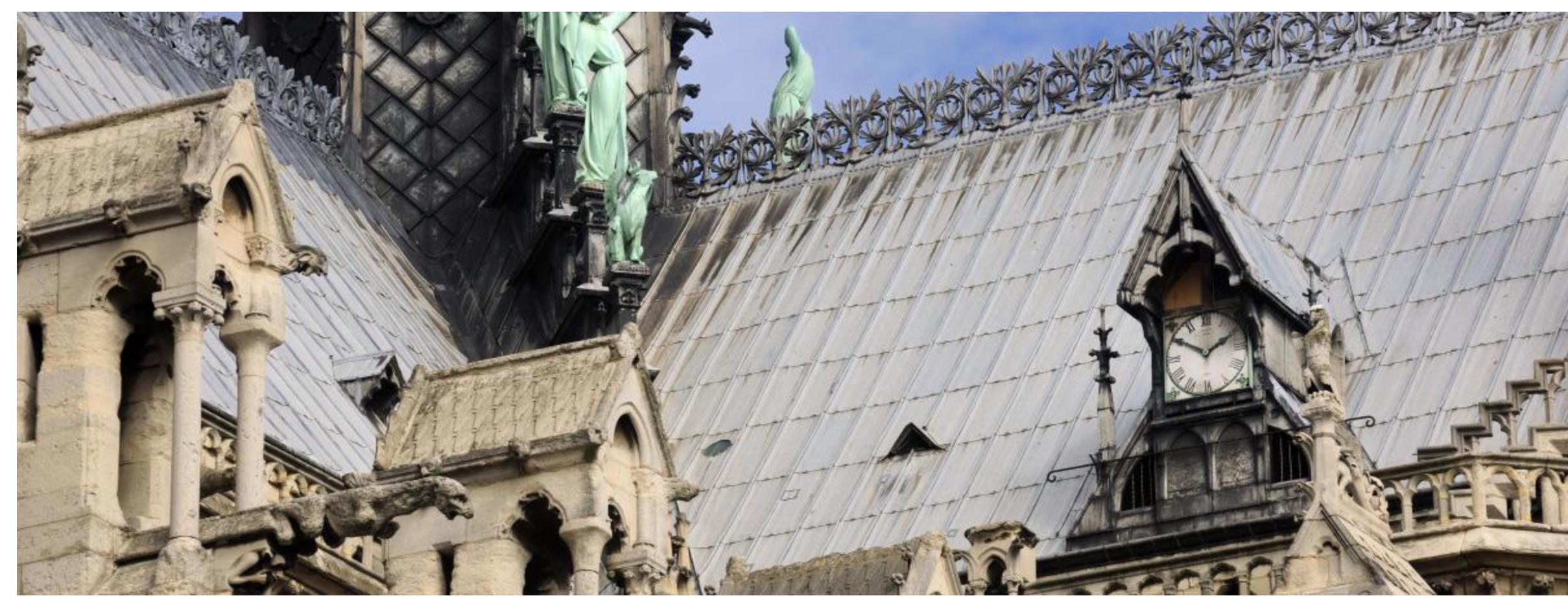 On a retrouvé une soeur jumelle de l'horloge de Notre-Dame… mais vont-ils refaire une horloge?