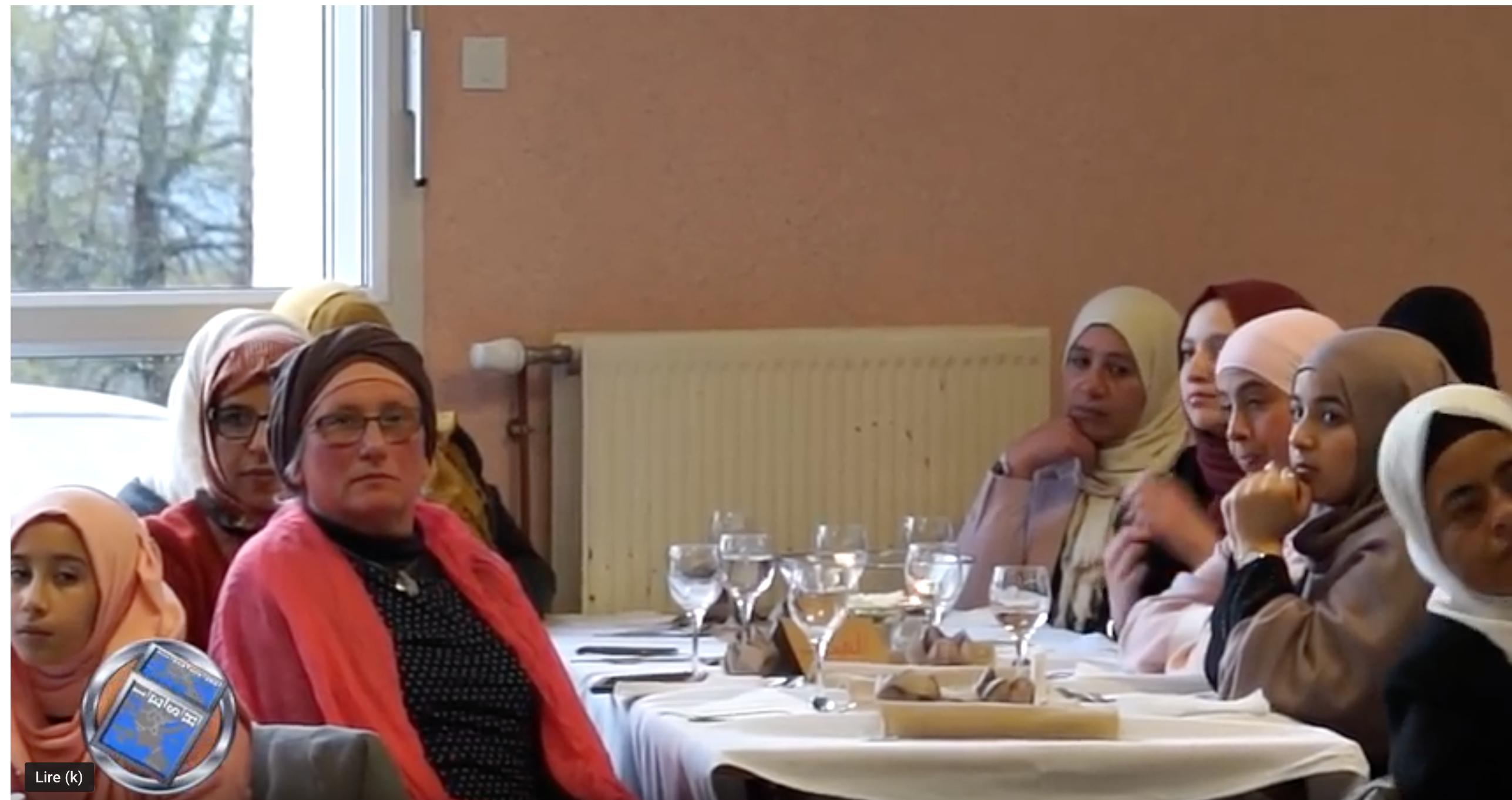 Chateau-Chinon : rattrapage scolaire avec les Frères musulmans, entrecoupé des 5 prières quotidiennes !