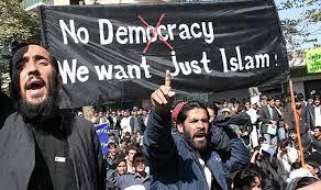 L'Egyptien Behery : le terrorisme islamique n'a pas commencé avec les Frères musulmans en 1928