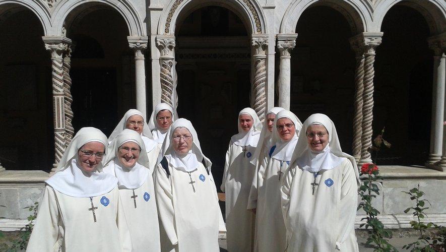Le pape François vire les petites-soeurs de Marie, relevées autoritairement de leurs voeux