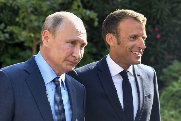 A Brégançon, Macron imperator fait la morale au tsar Poutine