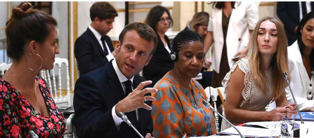 Pierre Cassen : Inna Shevchenko, la chef des Femens, à la table de Macron au G7 ! (video)