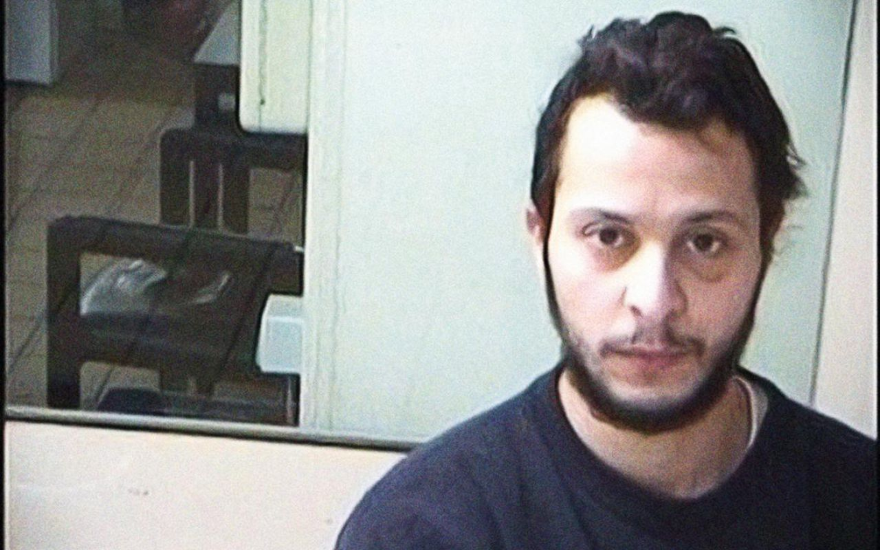 Salah Abdeslam fait condamner l'Etat français pour pouvoir se branler librement  en prison