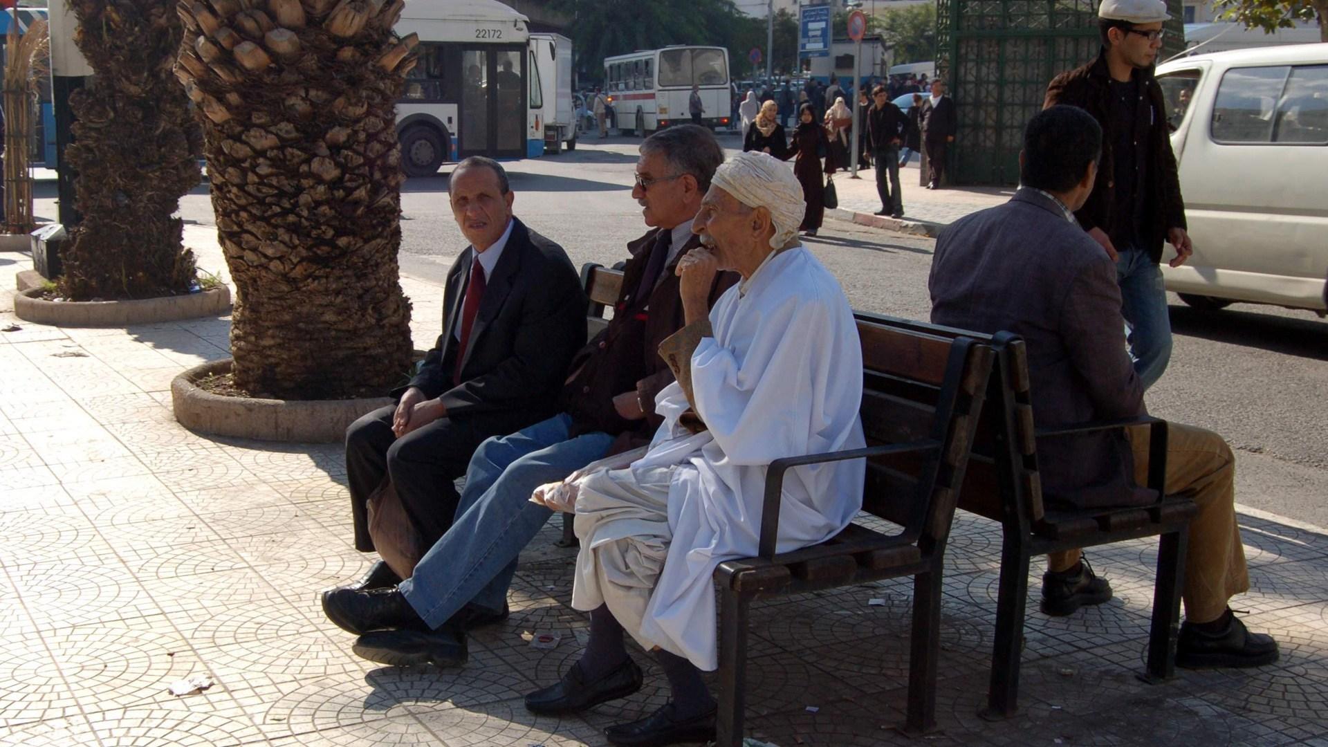 Un Algérien francophile dénonce les 800 euros mensuels des retraités algériens n'ayant jamais cotisé