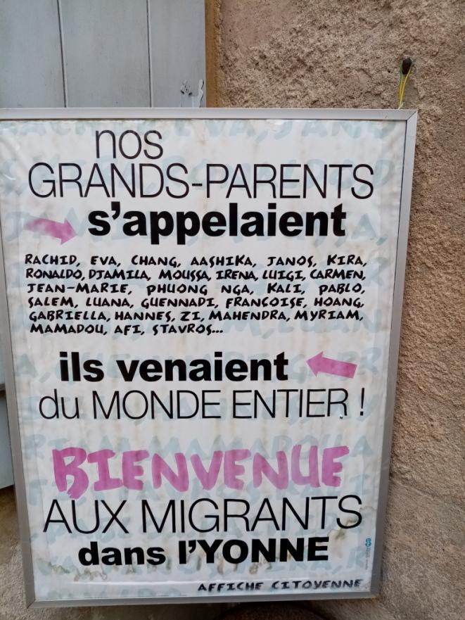 Voyez qui sont les bobos de Vézelay qui veulent que vous accueilliez des migrants chez vous